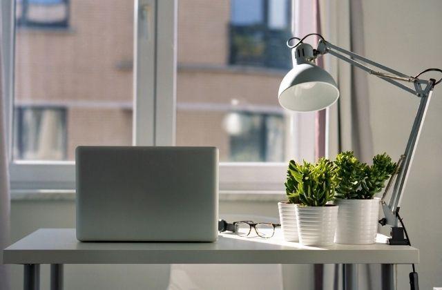 Virtuális asszisztens home office